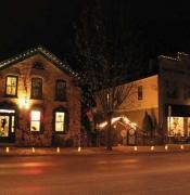 Luminaries-on-Wash-Ave